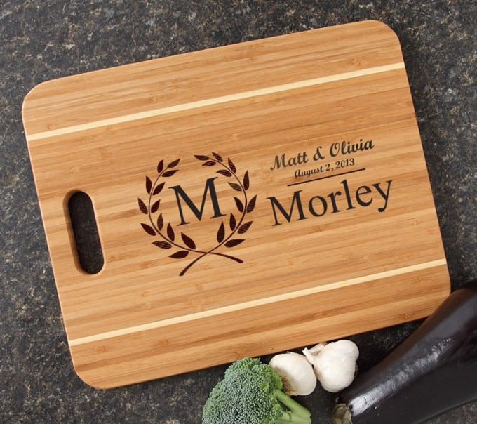 Personalized Cutting Board Engraved 15x12 Handle DESIGN 6 CBA-006