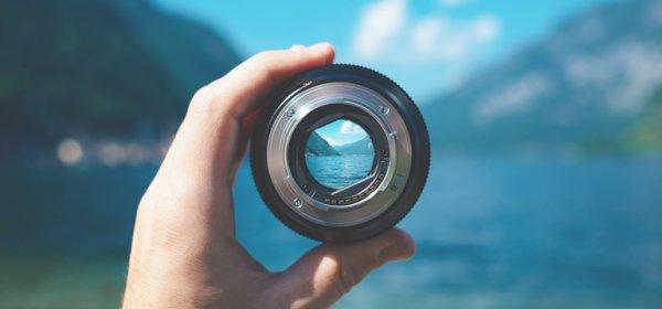 OKO VS. FOTOAPARAT – tko je bolji u stvaranju uspomena?