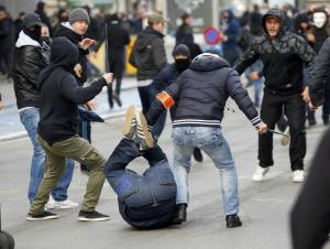 , European Barbarians Protest in Brussels against a UN Agreement that protects the Safety and Dignity of Migrants and Humanity