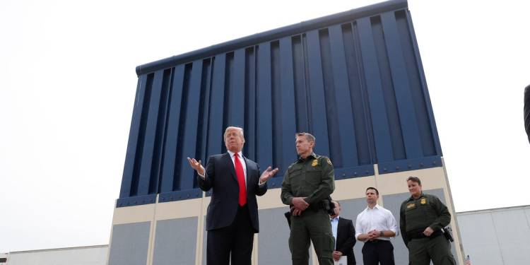 Cory Gardner The US Army just gave a contractor with a history of GOP donations $569 million to build parts of Trump's border wall
