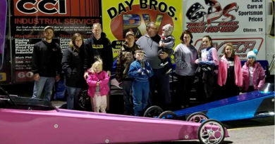 London Dragway Short Family Winners Circle 120218