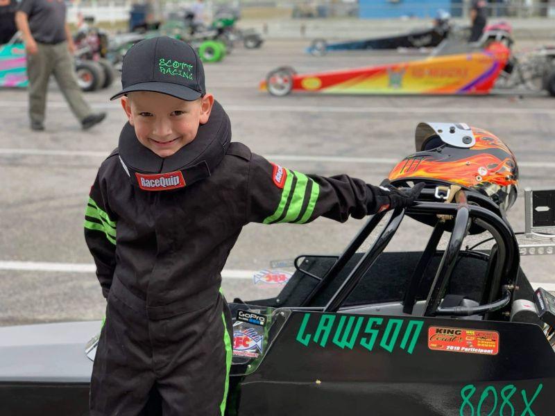 Lawson Scott 7-9 junior dragster Champion