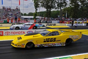 Mike Janis (far lane) and Troy Coughlin