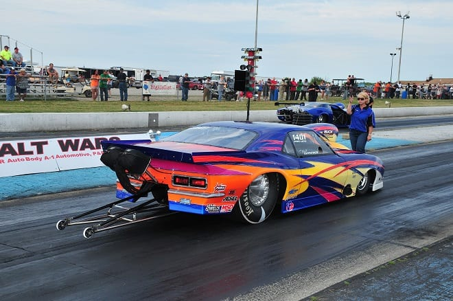 Thompson Dragway's Asphalt Wars Continues Heads Up Tradition