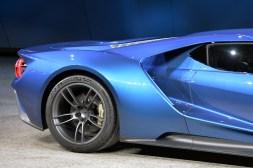 13-ford-gt-concept-detroit-1