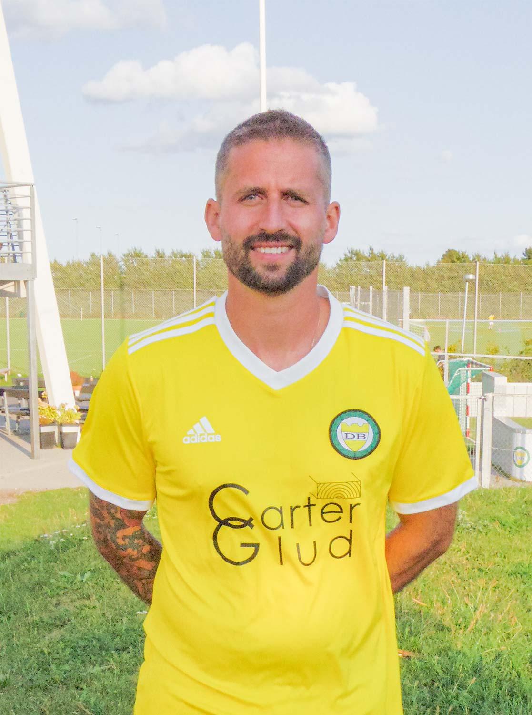 Veteranen Jamie Carter scorede det afgørende mål til 2–1.