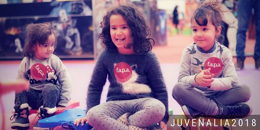 Juvenalia 2 Madrid con niños, dragones y unicornios