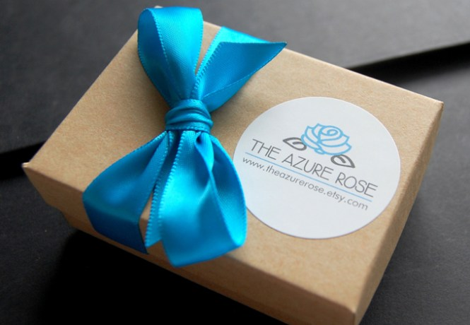 The Azure Rose packaging