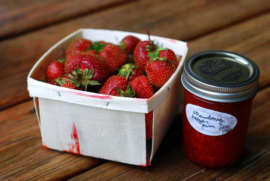 jam and strawberries 2