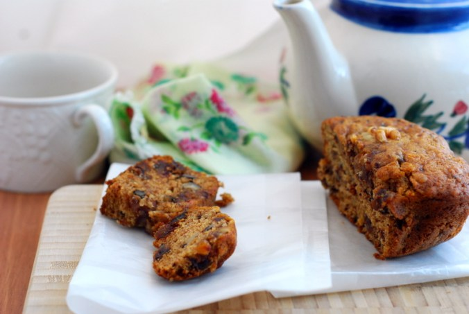 date bread with teapot 1