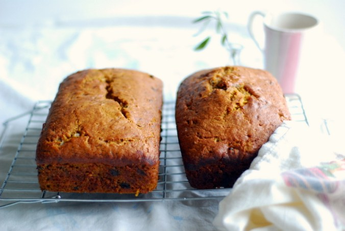 pumpkin chocolate chip loaves
