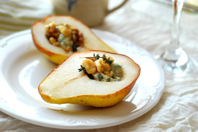 baked pear with blue cheese 1634