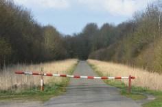 barrier-gates-280628_1920