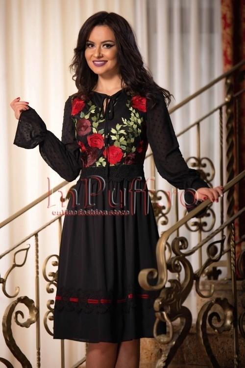 rochie-neagra-din-voal-cu-trandafiri-brodati-1511279230-4