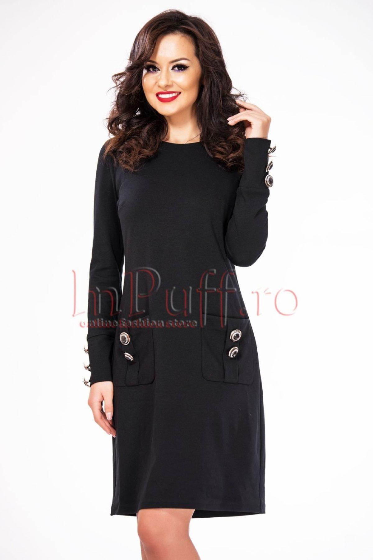 rochie-lejera-neagra-accesorizata-cu-nasturi-1516114689-4