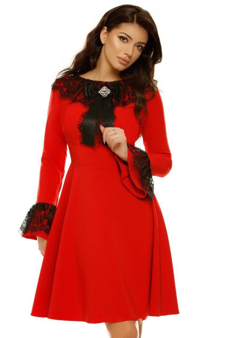 Rochie midi cu fusta clos si dantela la gat si maneci Polina