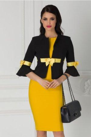 Compleu LaDonna cu sacou negru si rochie galbena
