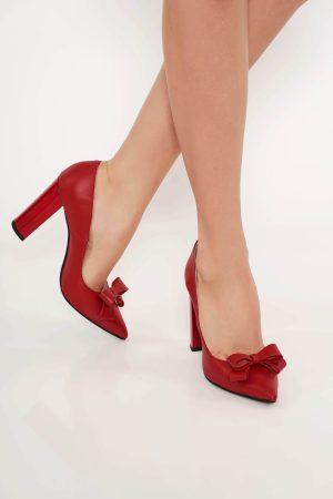 Pantofi rosii office din piele naturala cu toc gros cu varful usor ascutit accesorizati cu o fundita