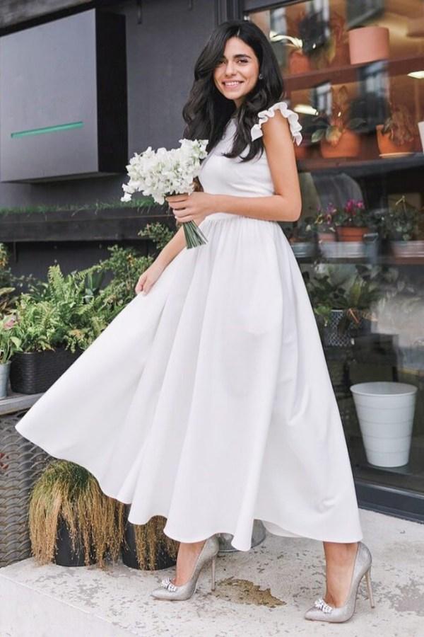 Rochie de zi eleganta cu fusta in clos