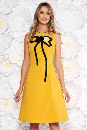 Rochie de zi eleganta in clos