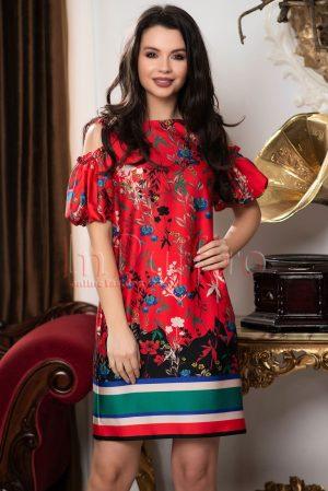 Rochie rosie cu imprimeu multicolor