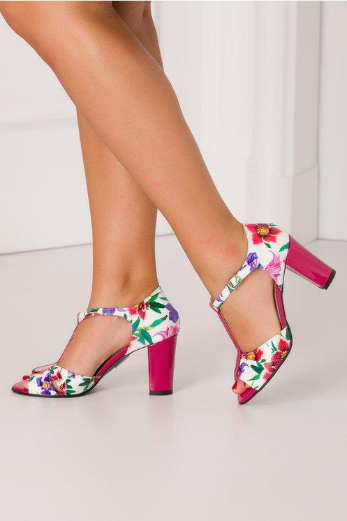 Sandale elegante fucsia cu imprimeu floral