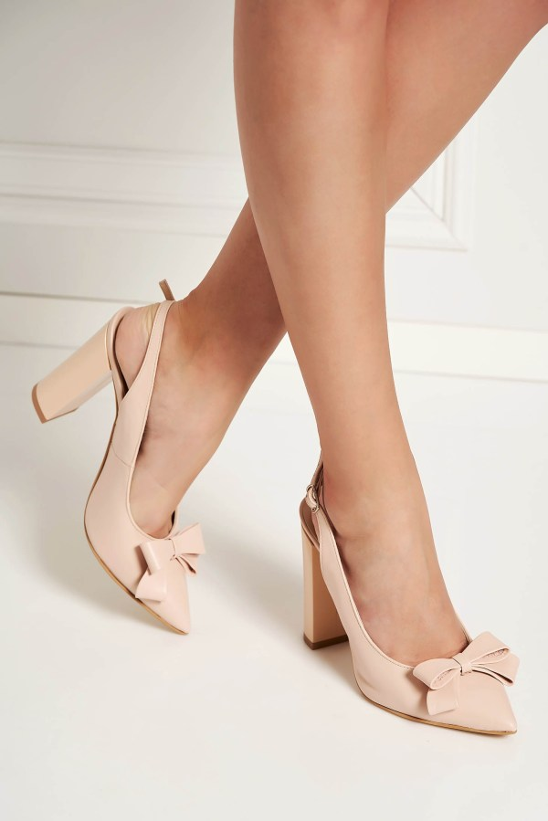 Pantofi roz prafuit eleganti din piele naturala cu varful usor ascutit