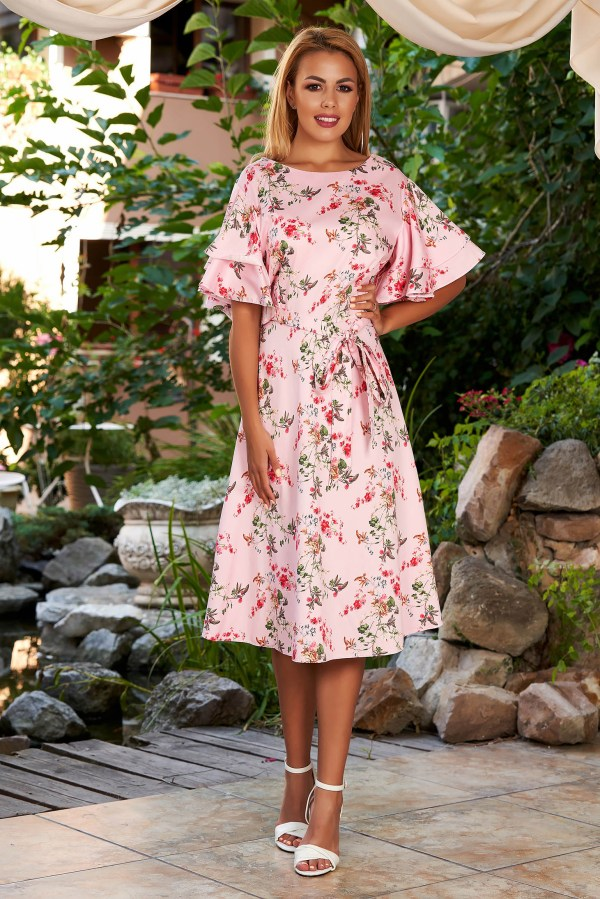 Rochie de zi si de vara midi roz deschis cu maneci tip fluture