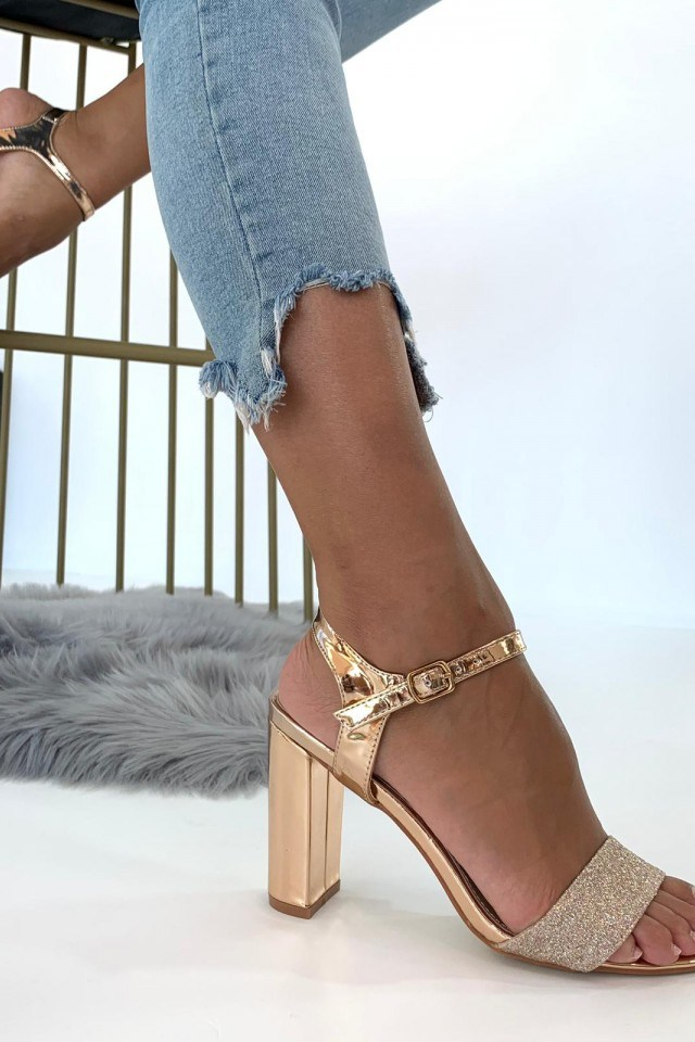 Sandale roz auriu cu toc si sclipici