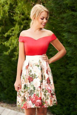 Rochie rosie scurta de ocazie in clos din satin cu imprimeu floral