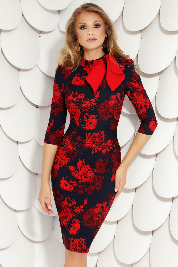 Rochie eleganta midi rosie tip creion din stofa subtire si imprimeu floral