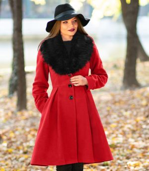 Palton dama rosu lung evazat cu guler din blana din stofa