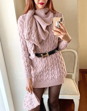 Rochie casual ieftina din tricot roz cu fular si caciula