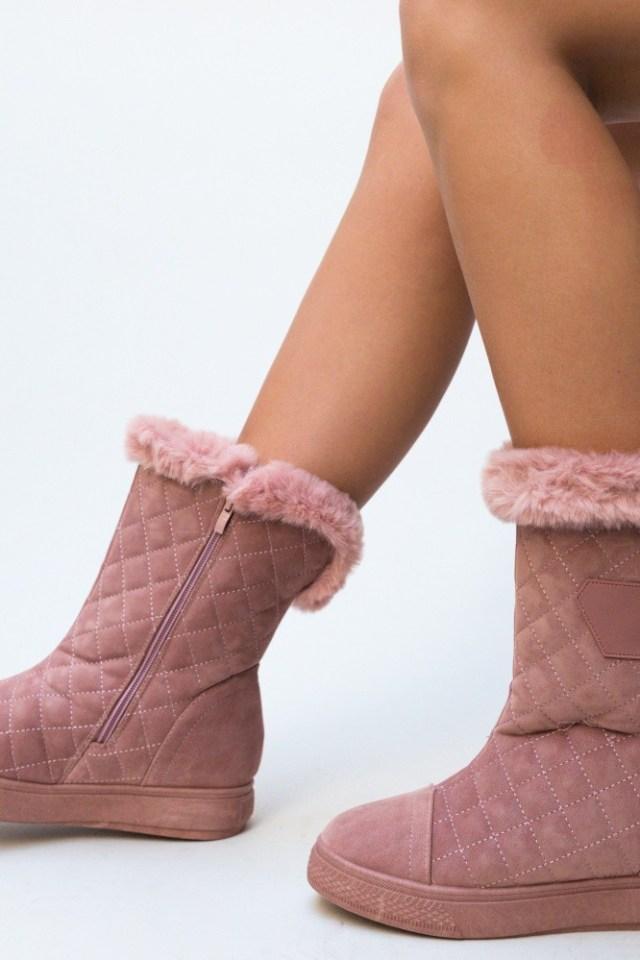 Cizme roz tip UG din piele eco intoarsa imblanite in interior