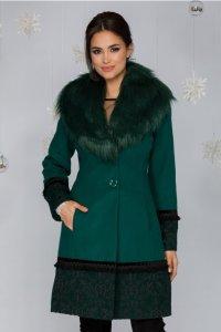 Palton verde cu broderie la baza si maneci si guler detasabil