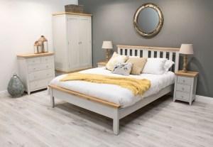 Pat din lemn de pin si MDF Ferndale Grey / Oak-150 x 200 cm