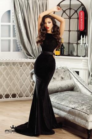 Rochie de ocazie eleganta neagra lunga tip sirena din catifea cu spate gol