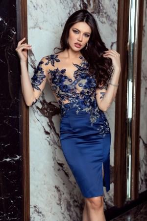 Rochie eleganta midi bleumarin cu broderie aplicata manual
