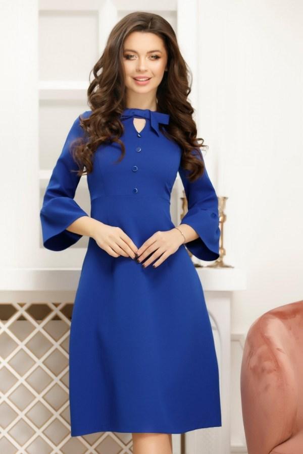 Rochie albastra cu maneci clopot si nasturi si fundita decorative