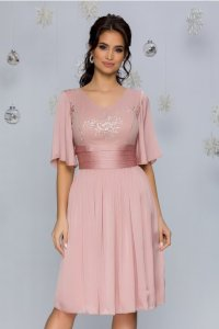 Rochie eleganta in clos midi roz prafuit cu broderie florala si decolteu V