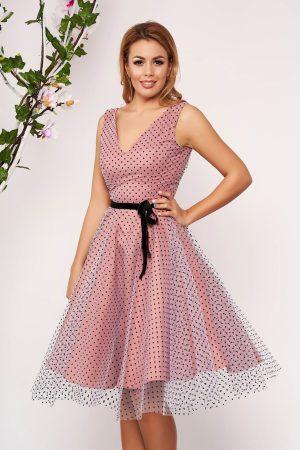 Rochie de ocazie eleganta midi roz din tul cu buline in clos fara maneci