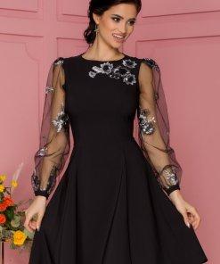 Rochie eleganta de ocazie neagra cu maneci din tull si broderie florala