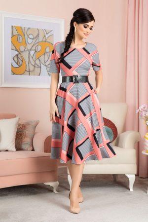 Rochie eleganta midi in clos cu imprimeu maneci scurte si decolteu rotund