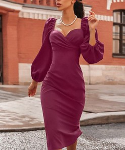 Rochie de seara eleganta si rochie de ocazie lunga bordo din barbie cu maneci bufante