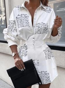Rochie alba tip camasa cu imprimeu cu scris