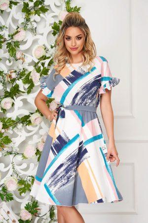 Rochie eleganta alba midi de zi in clos din tesatura crepe cu imprimeu