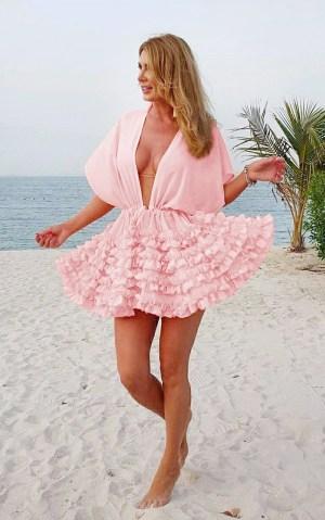 Rochie Pareo plaja roz-prafuit scurt cu maneci scurte din voal