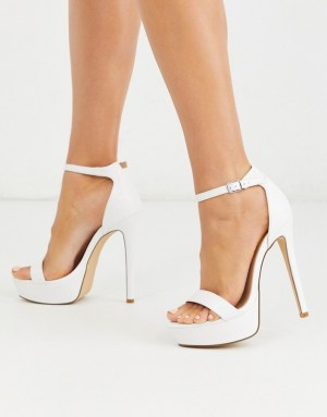 Sandale albe cu toc ascutit