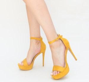 Sandale galbene cu toc din piele eco intoarse