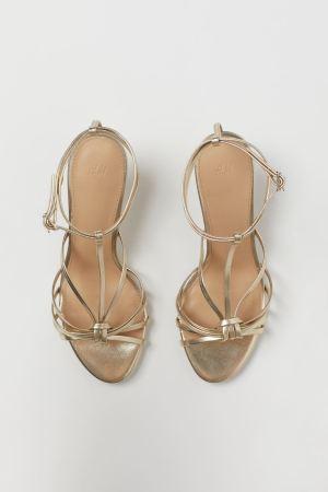 Sandale strălucitoare